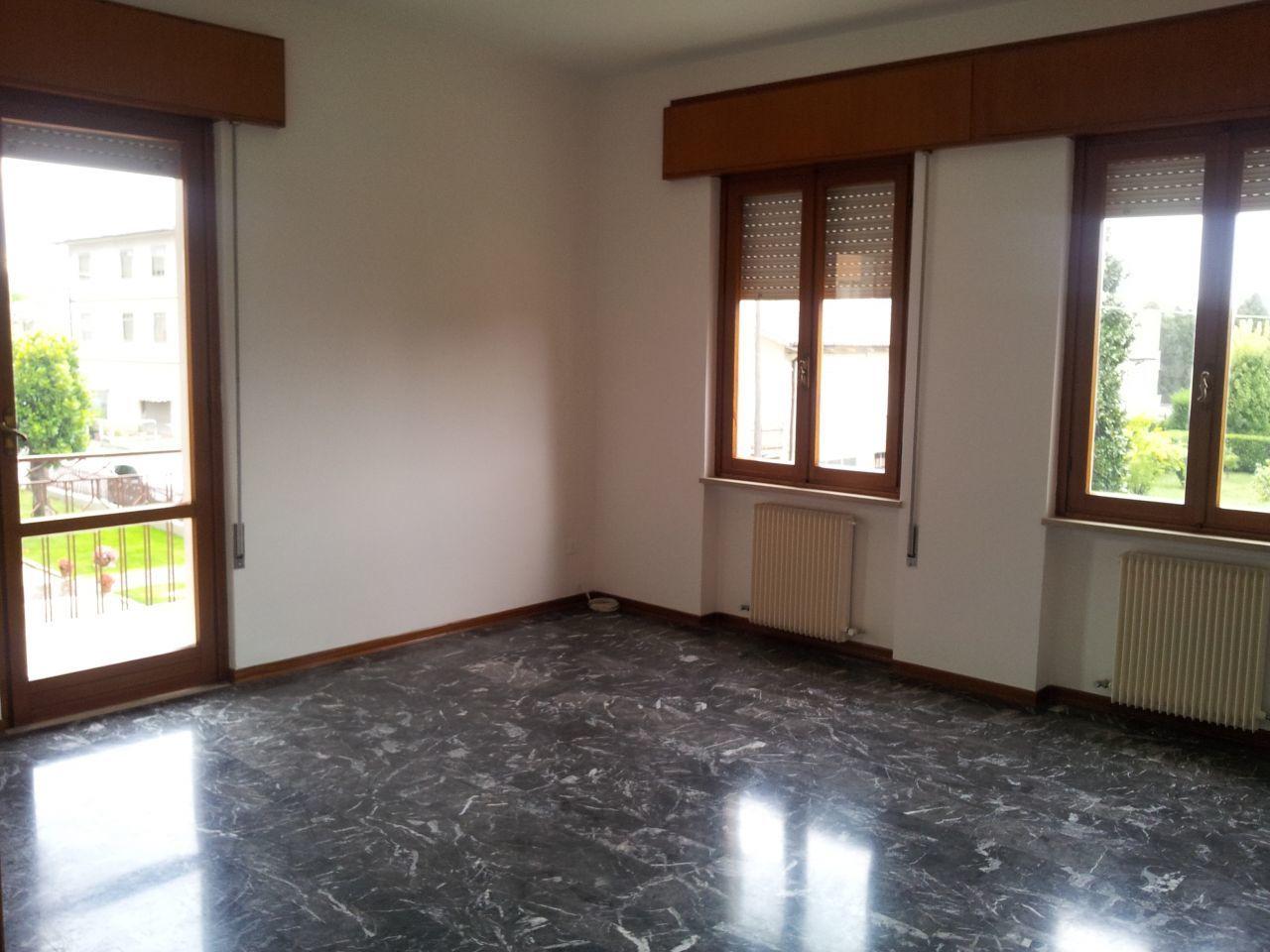 Appartamento in affitto a Torri di Quartesolo, 5 locali, prezzo € 580   CambioCasa.it