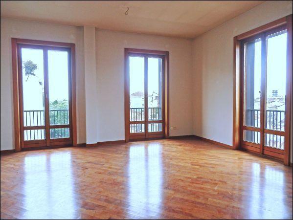 Appartamento in vendita a Milano, 5 locali, prezzo € 1.190.000 | CambioCasa.it