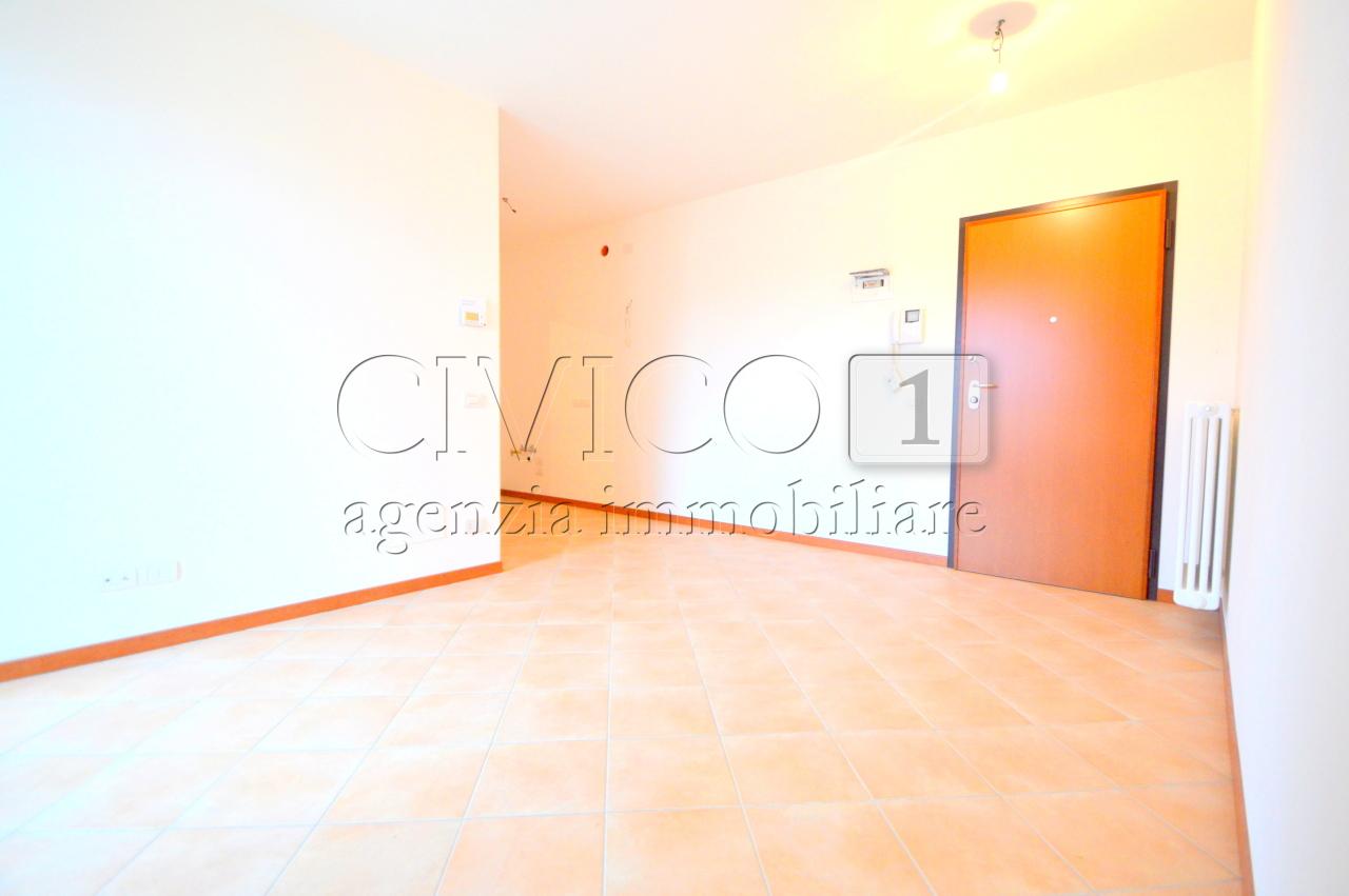 Appartamento in buone condizioni in vendita Rif. 11455027