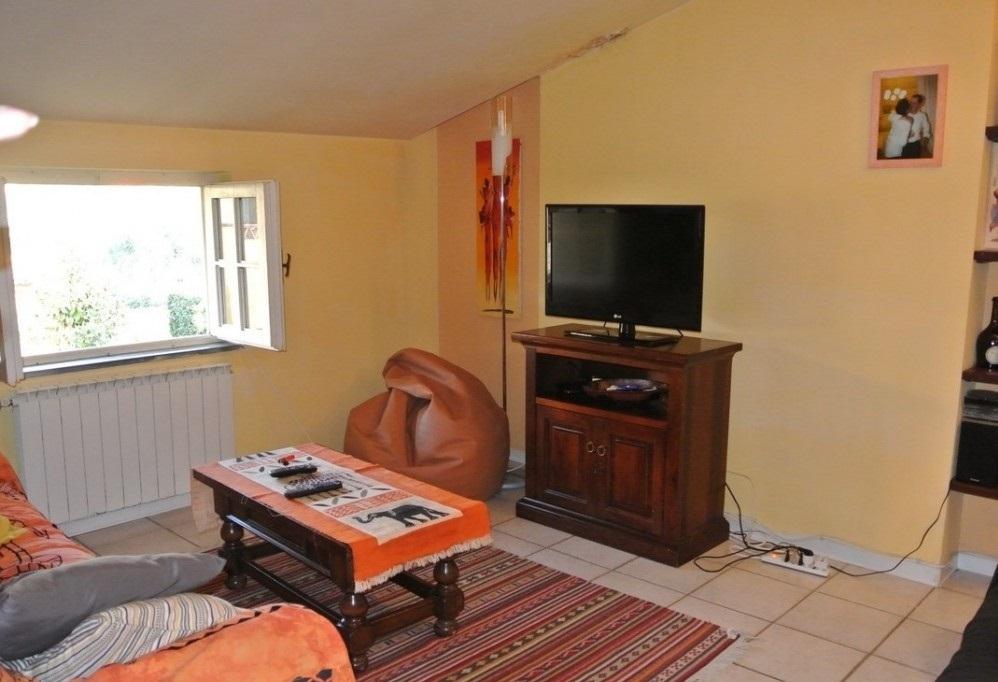 Casa semindipendente in vendita, rif. 2051