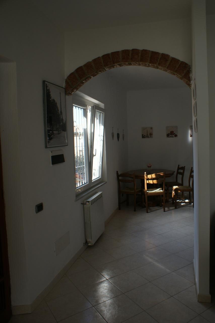 Casa semindipendente in vendita, rif. 2472