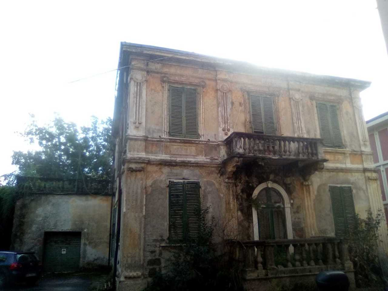 Villa singola in vendita, rif. 2704