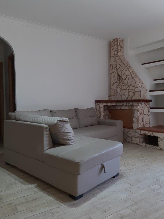 Appartamento ristrutturato in affitto Rif. 11139050