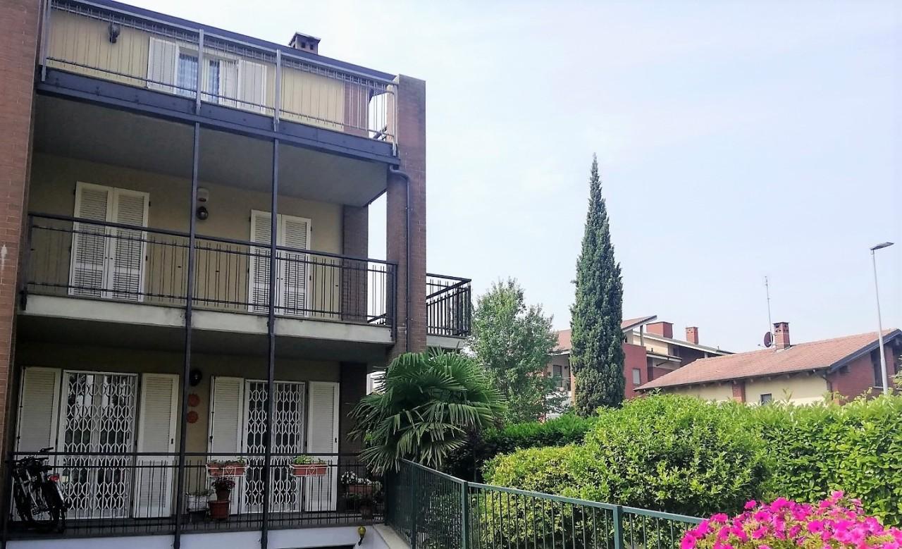 Porzione di casa in buone condizioni in vendita Rif. 10459040