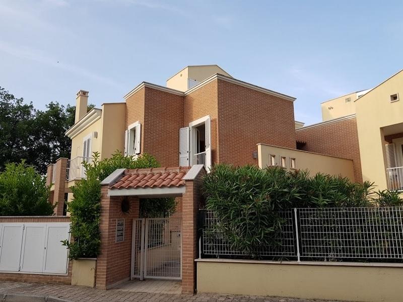 Appartamento in vendita a Acquaviva Picena, 3 locali, prezzo € 125.000 | CambioCasa.it