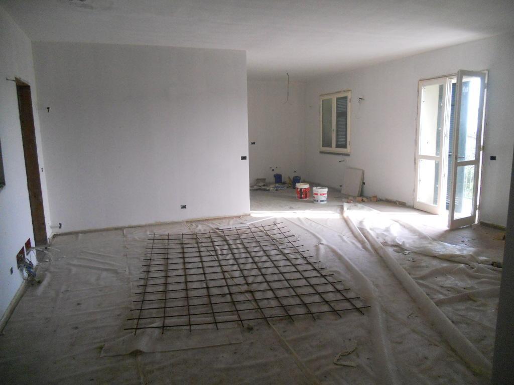 Casa semindipendente in vendita, rif. 2671
