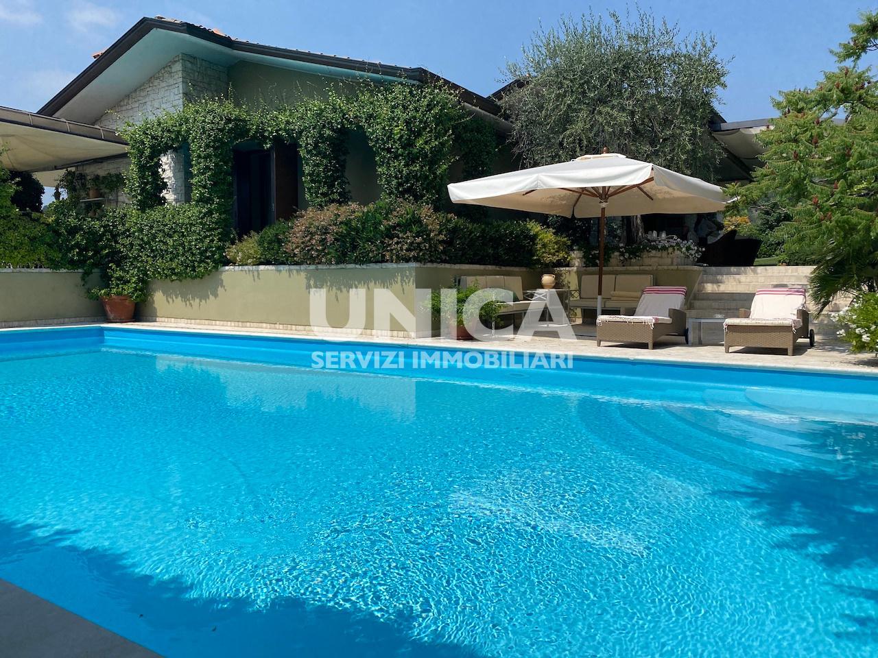 Villa in vendita a Cellatica, 5 locali, prezzo € 1.480.000   PortaleAgenzieImmobiliari.it