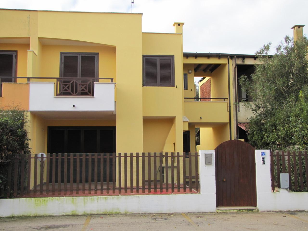 Villa in buone condizioni in vendita Rif. 4162524