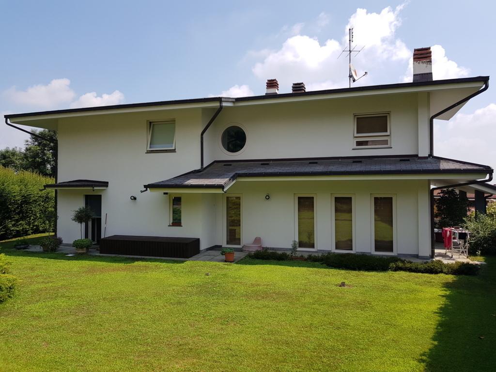 Villa in buone condizioni in vendita Rif. 7322090