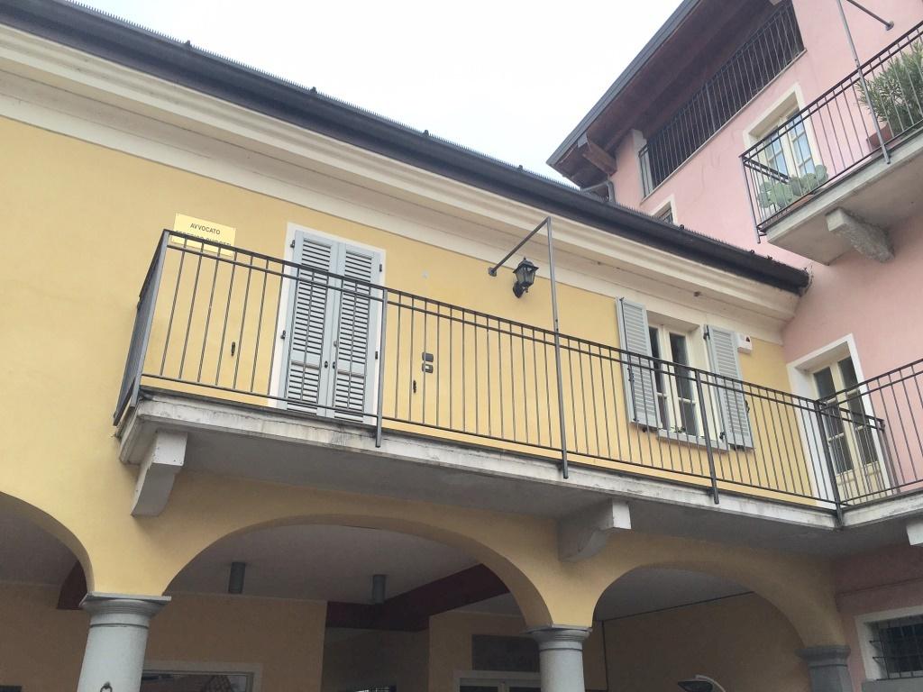Ufficio / Studio in affitto a Chiari, 4 locali, prezzo € 650 | CambioCasa.it