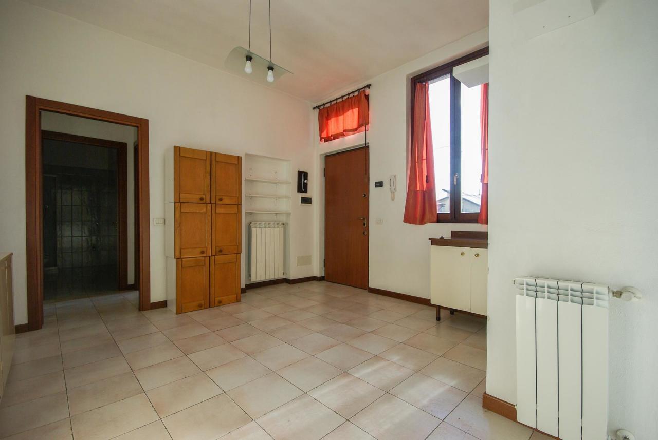 Appartamento in buone condizioni in vendita Rif. 4161598
