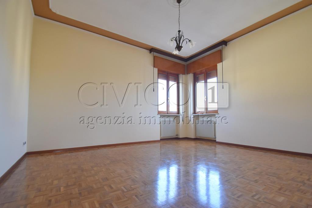 Appartamento in affitto a Vicenza, 5 locali, prezzo € 600 | CambioCasa.it