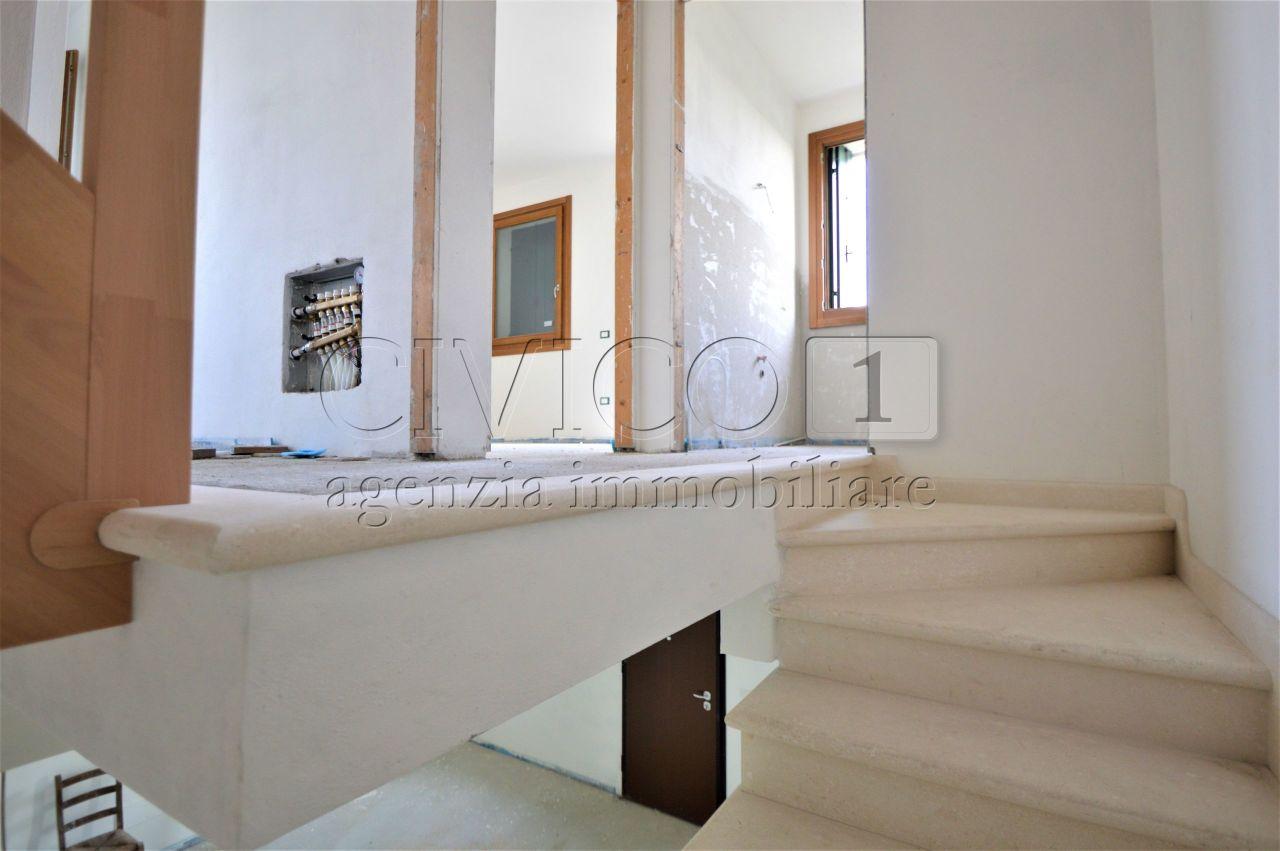 Casa Indipendente in vendita Rif. 10788017