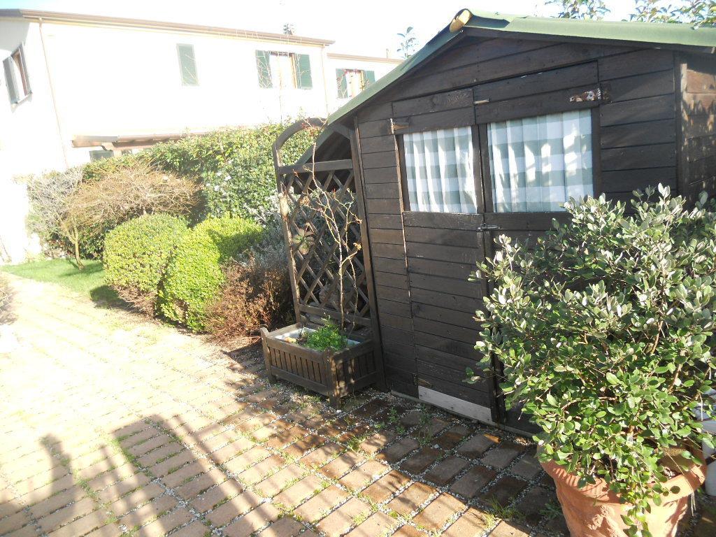 Casa semindipendente in vendita, rif. 2173