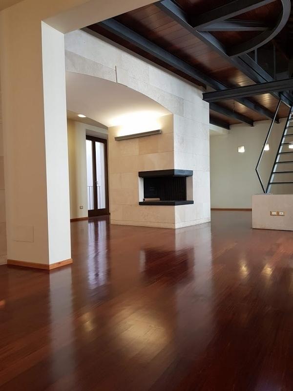 Appartamento - oltre 5 locali a Ascoli Piceno