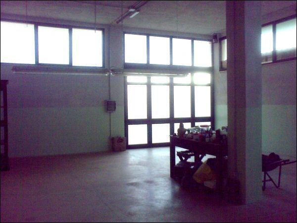 Capannone / Fondo - Laboratorio a Colonnella Rif. 9992360