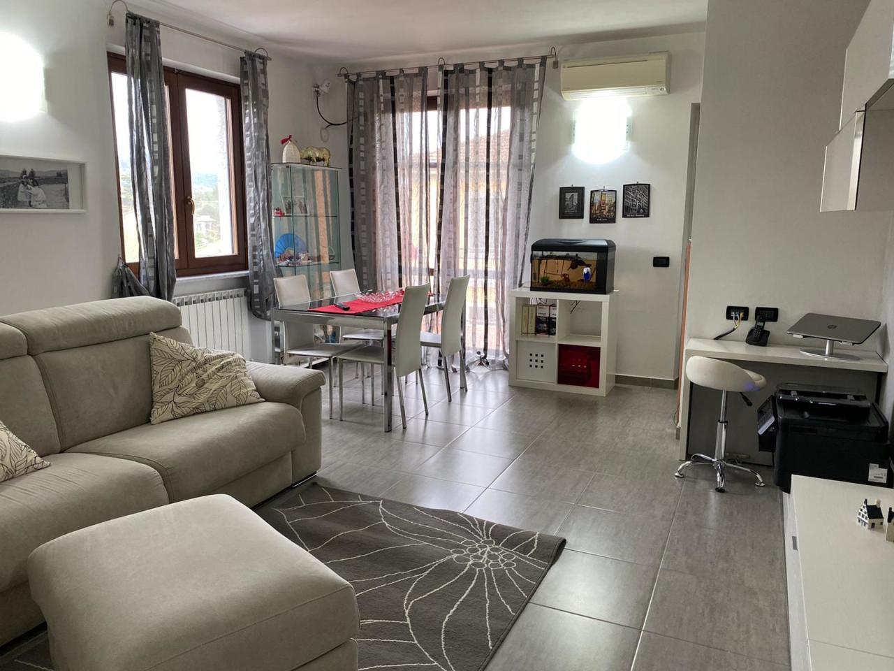 Casa semindipendente in vendita a Santo Stefano di Magra (SP)