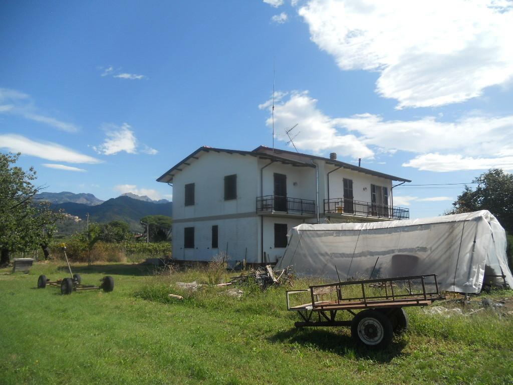 Villa singola in vendita, rif. 2811