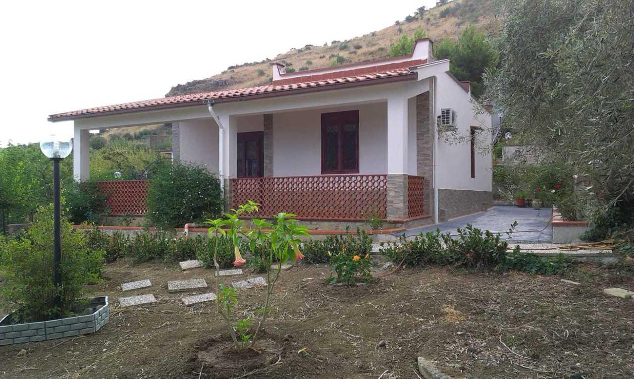 Villa in ottime condizioni in vendita Rif. 10165168