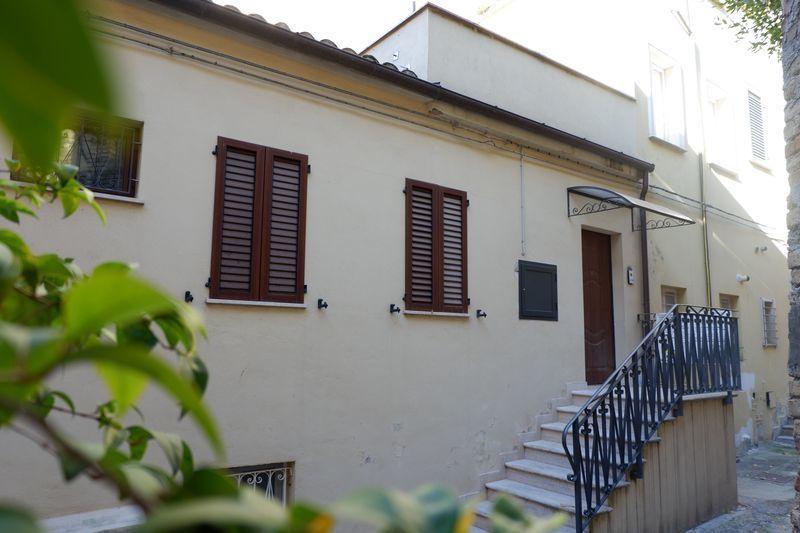 Appartamento arredato in vendita Rif. 9331437