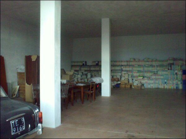 Laboratorio in affitto a Colonnella, 1 locali, prezzo € 400 | CambioCasa.it