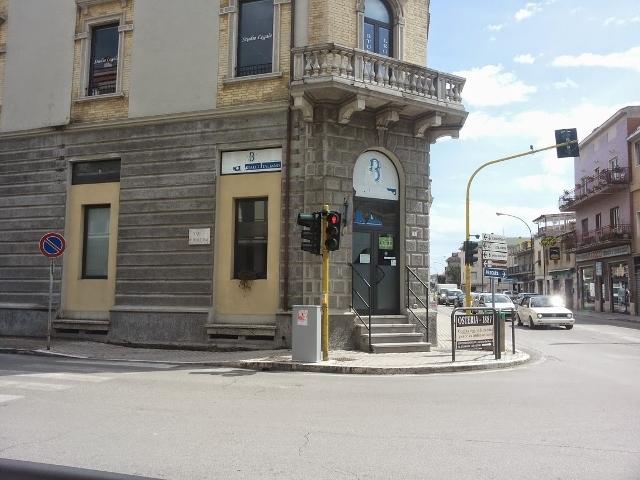 Locale commerciale - 1 Vetrina a San Benedetto del Tronto