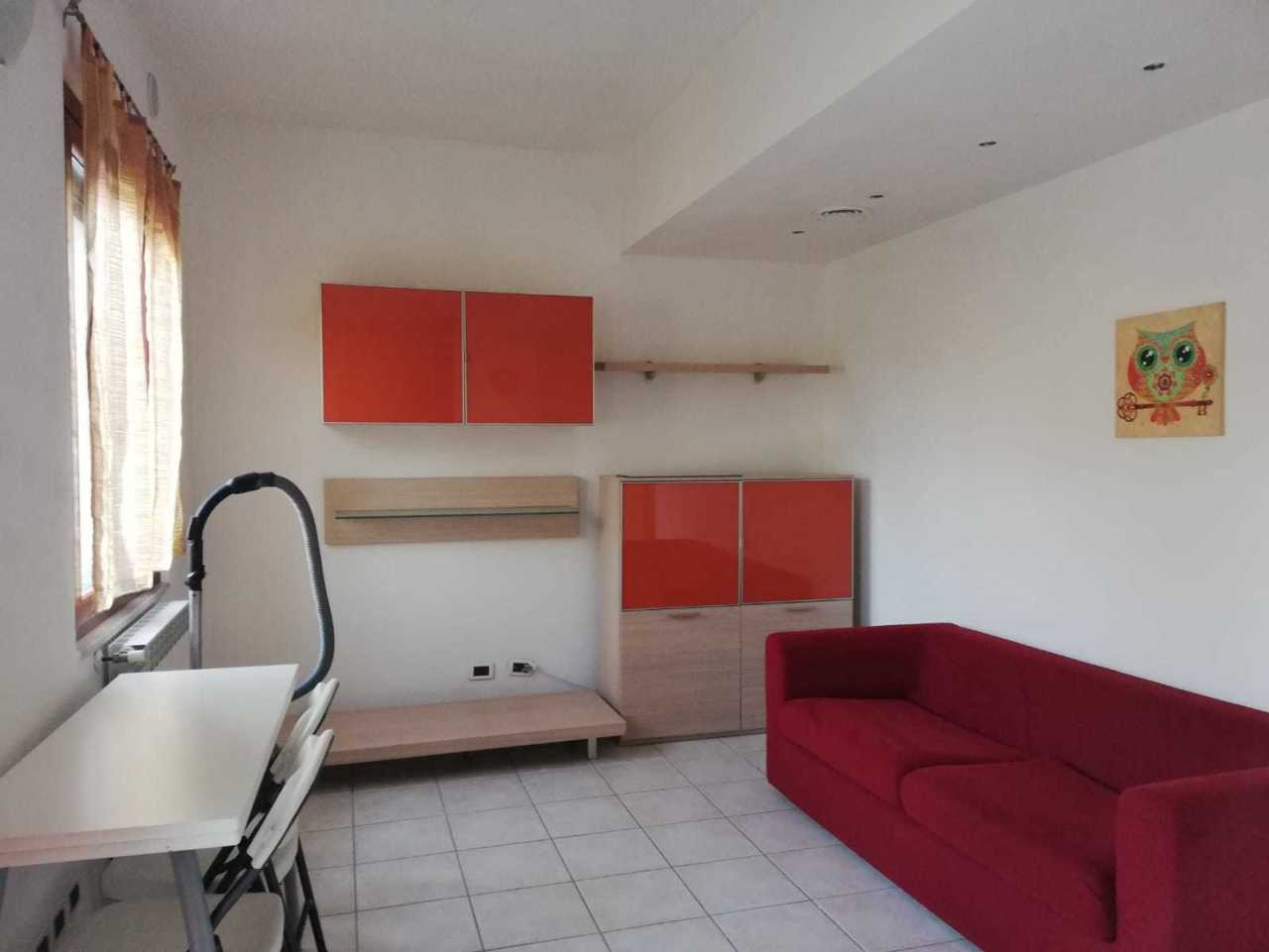 Casa semindipendente in vendita, rif. 2817