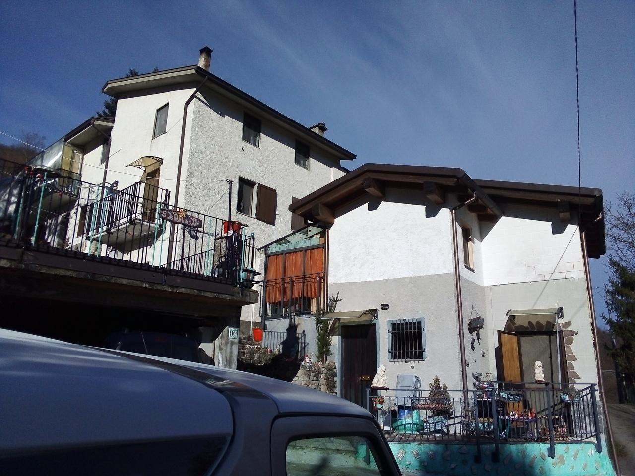 Casa semindipendente in vendita, rif. 2830