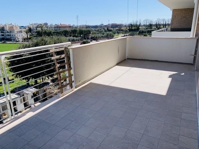 Appartamento - Attico a Conad, San Benedetto del Tronto