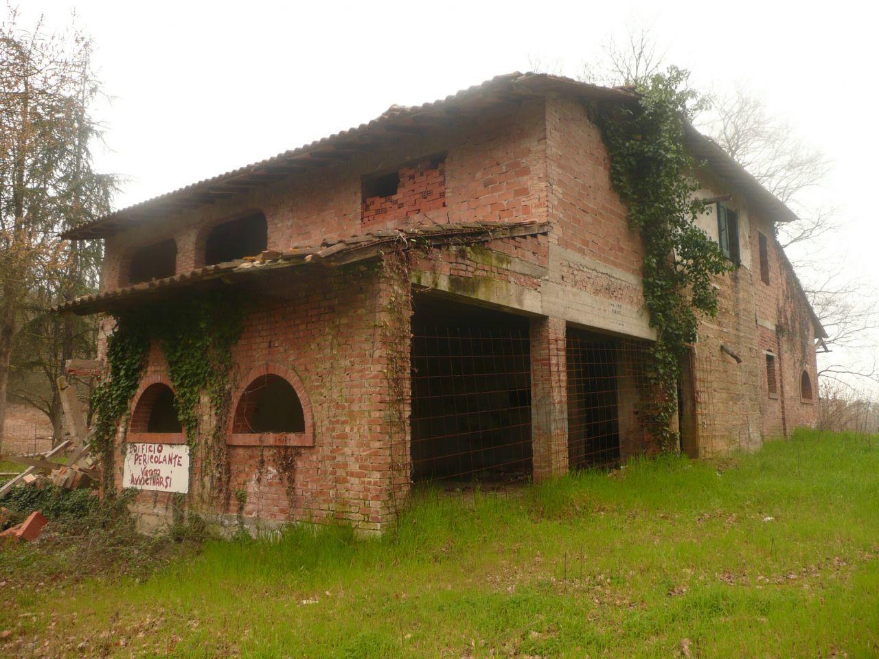 Rustico / Casale in vendita a Montopoli in Val d'Arno, 10 locali, prezzo € 180.000 | CambioCasa.it