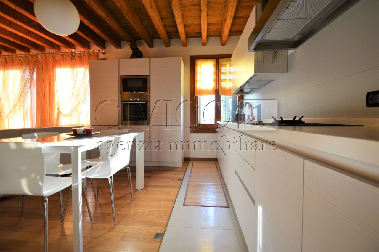 Appartamento in Vendita a Montegaldella