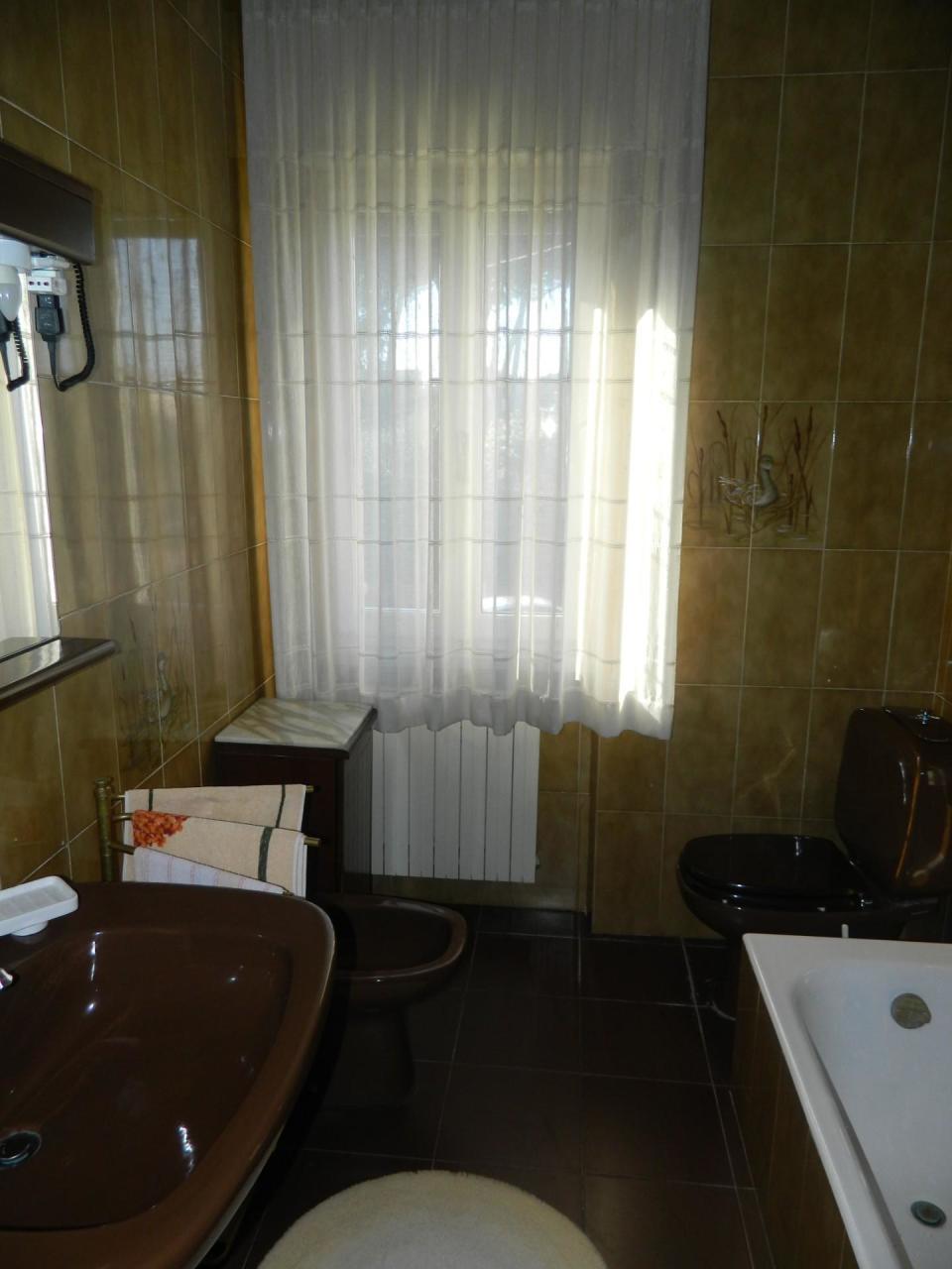 Casa semindipendente in vendita, rif. 2676