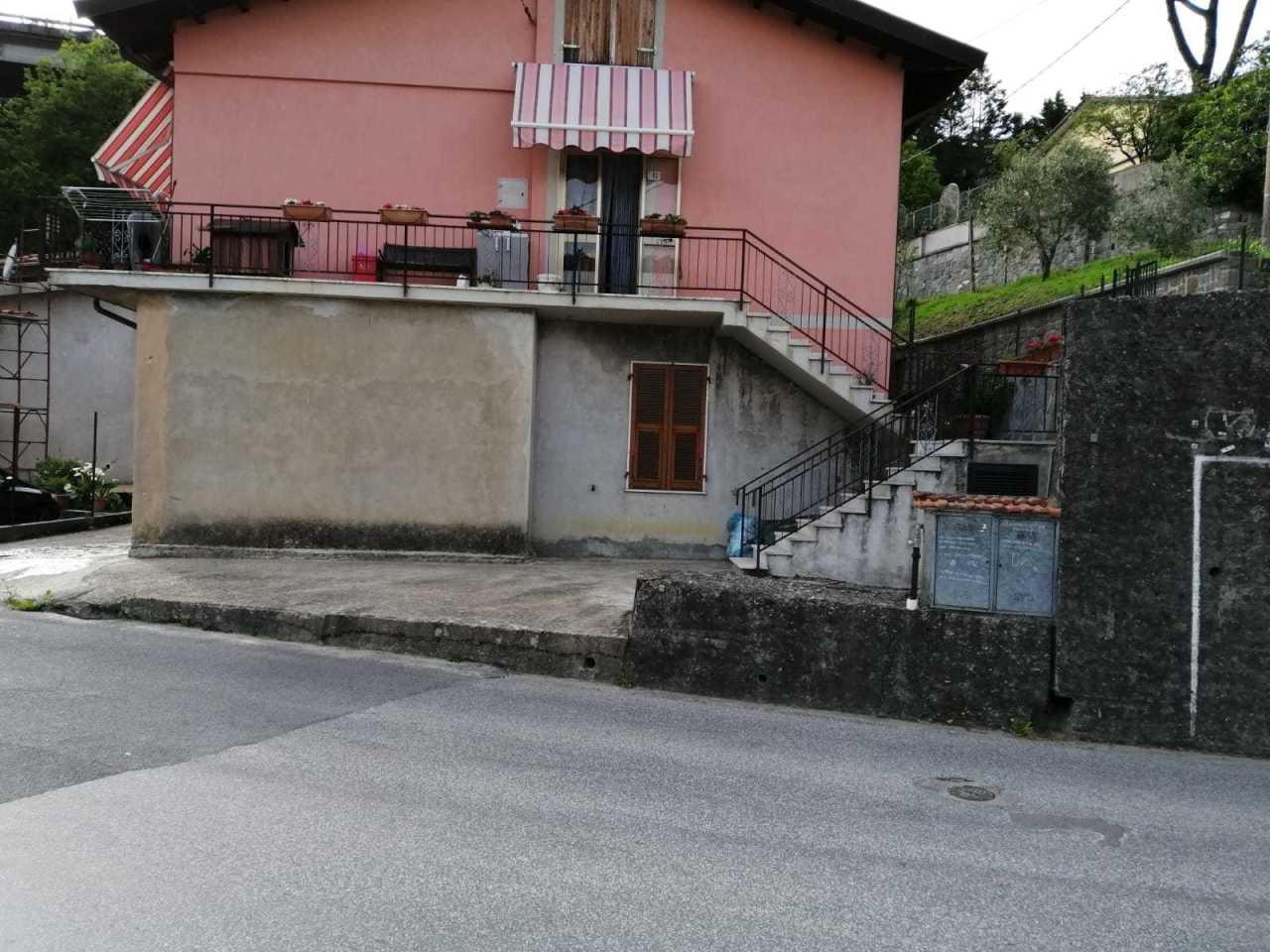 Casa semindipendente in vendita a Aulla (MS)