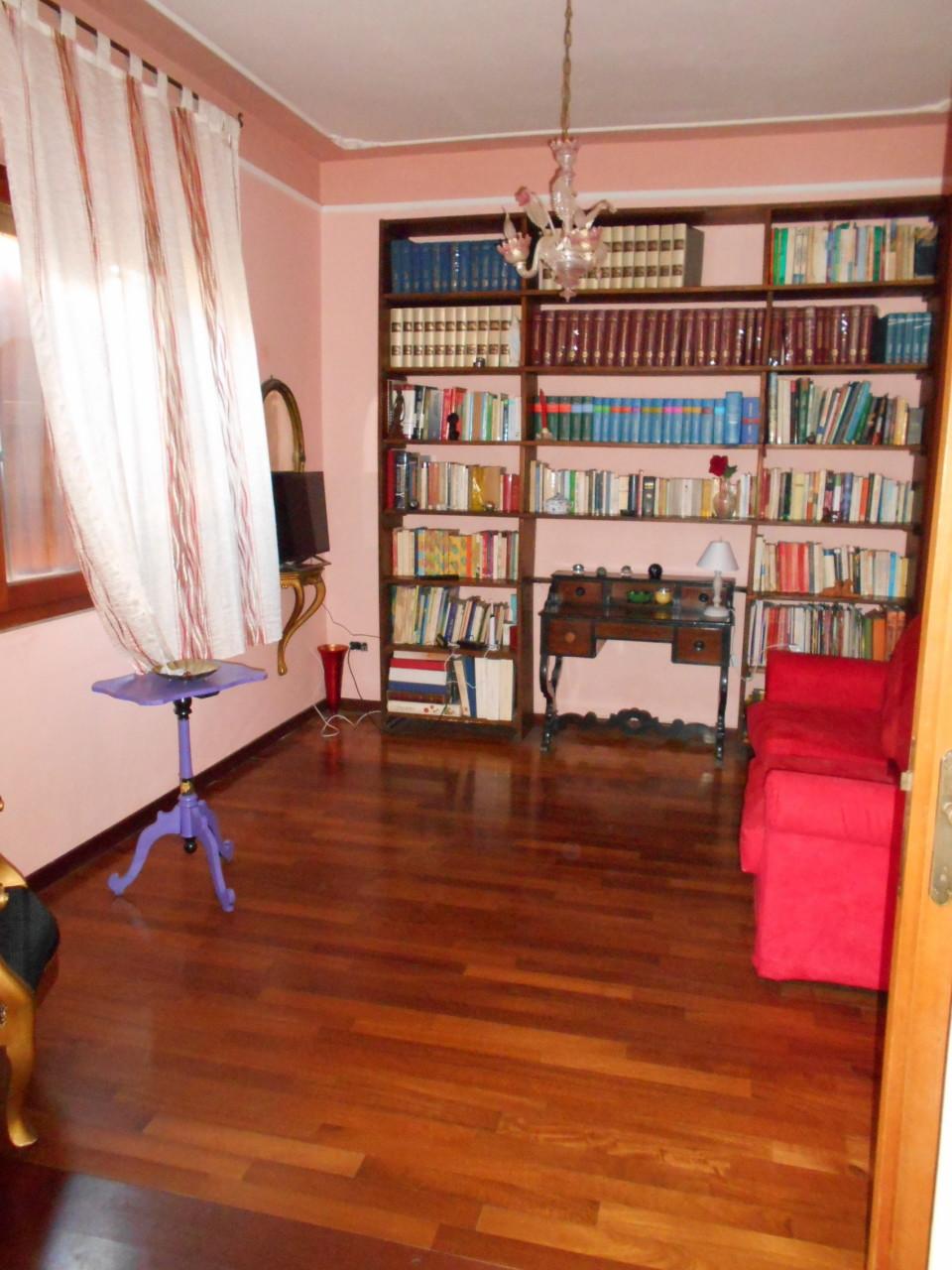 Casa singola in vendita, rif. 2630