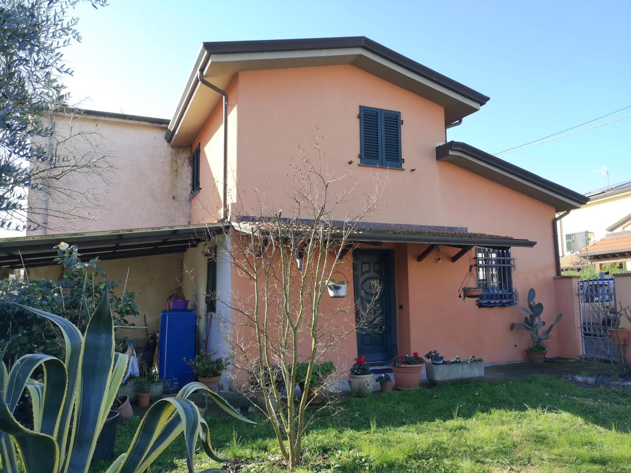 Casa singola in vendita, rif. 2733