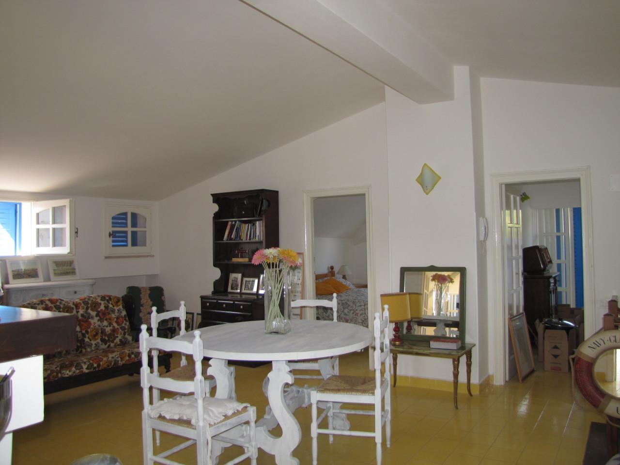 Appartamento in buone condizioni in vendita Rif. 4162596