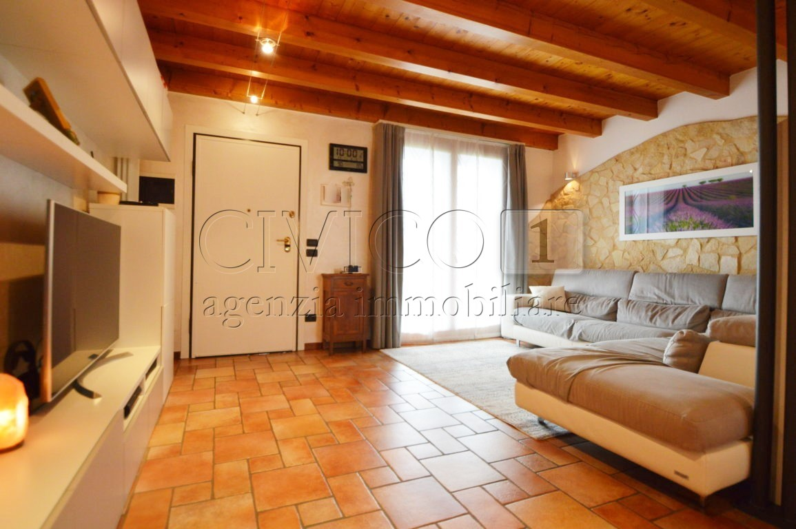 Appartamento in vendita a Castegnero, 7 locali, prezzo € 139.000 | CambioCasa.it