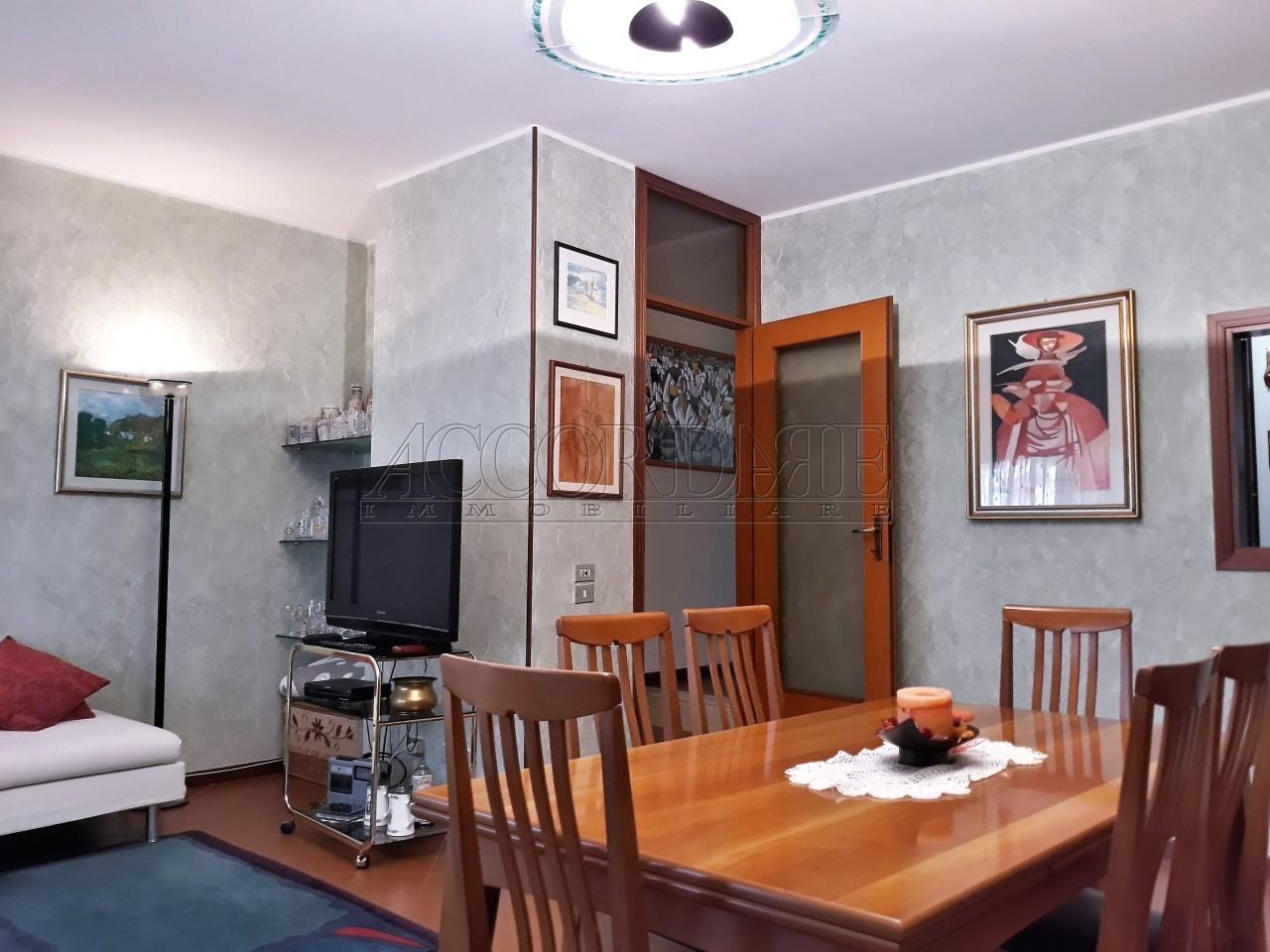 Porzione di casa in vendita Rif. 9373669