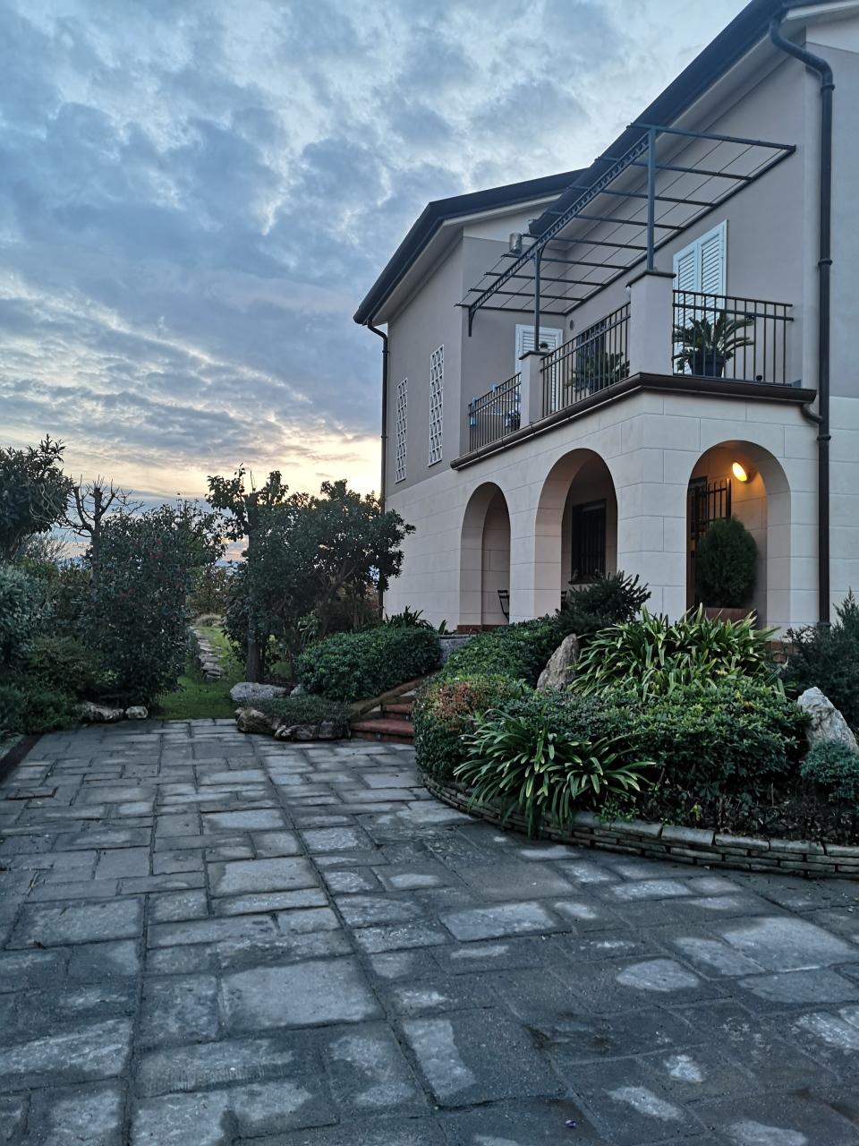 Villa singola in vendita, rif. 2832