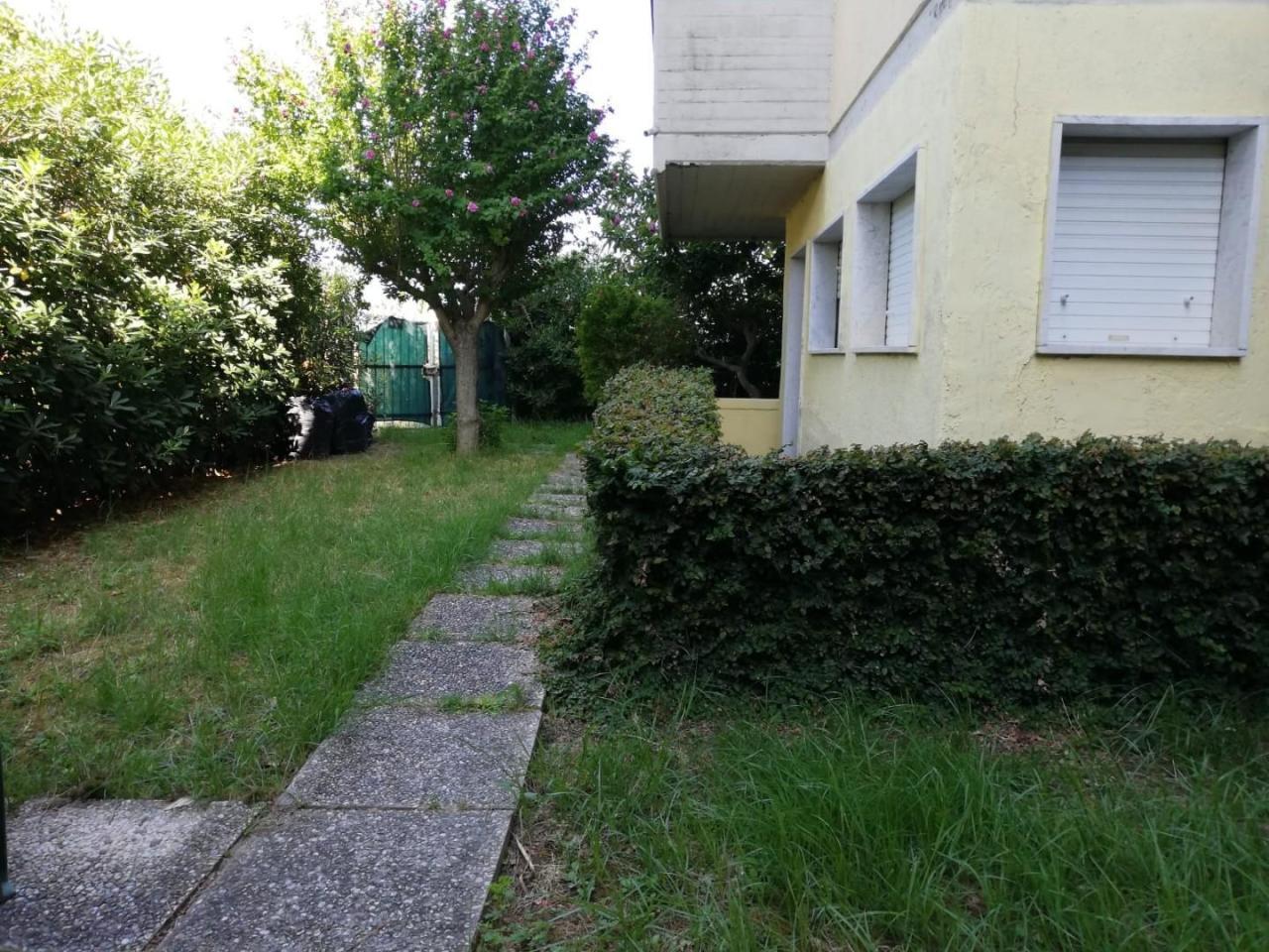 Casa semindipendente in vendita, rif. 2687