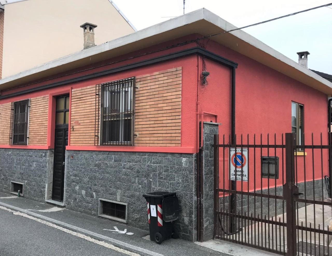 Porzione di casa ristrutturato in vendita Rif. 11086114