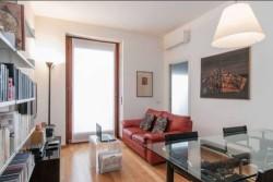 Bilocale in Vendita a Milano, zona 028 Romana/Montenero, 1'100€, 48 m², arredato