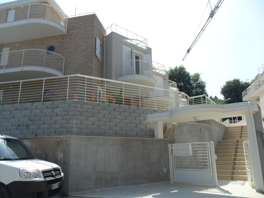 Indipendente - villa a schiera a Zona Stalla, Grottammare