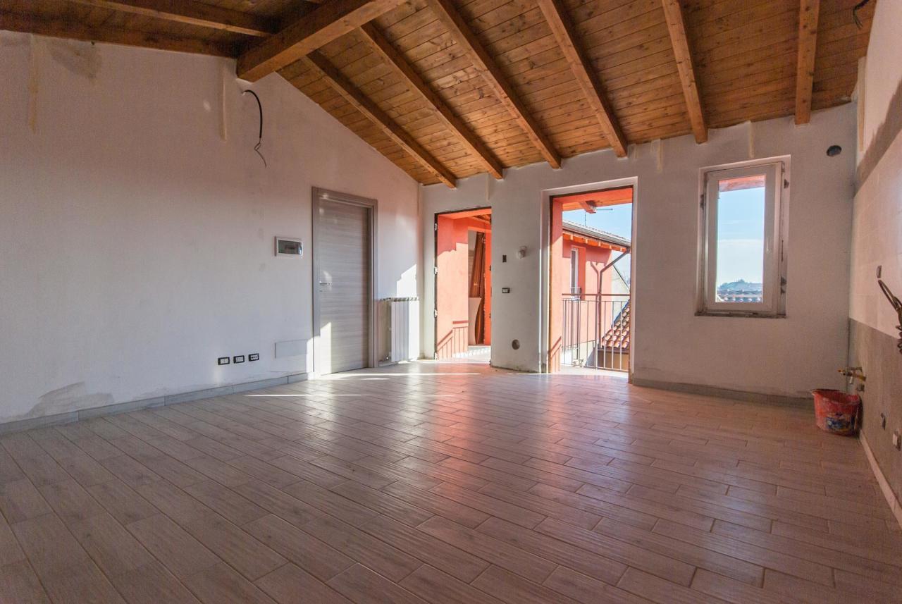 Appartamento ristrutturato in vendita Rif. 5809216