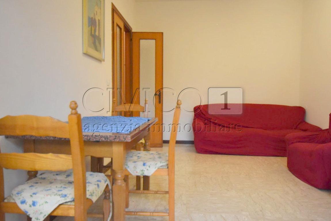 Appartamento in buone condizioni arredato in vendita Rif. 8743547
