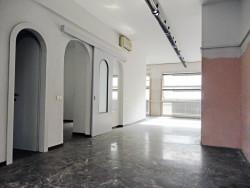 Ufficio in Vendita a Milano, zona 021 Cavour/ Brera / Repubblica, 580'000€, 89 m²