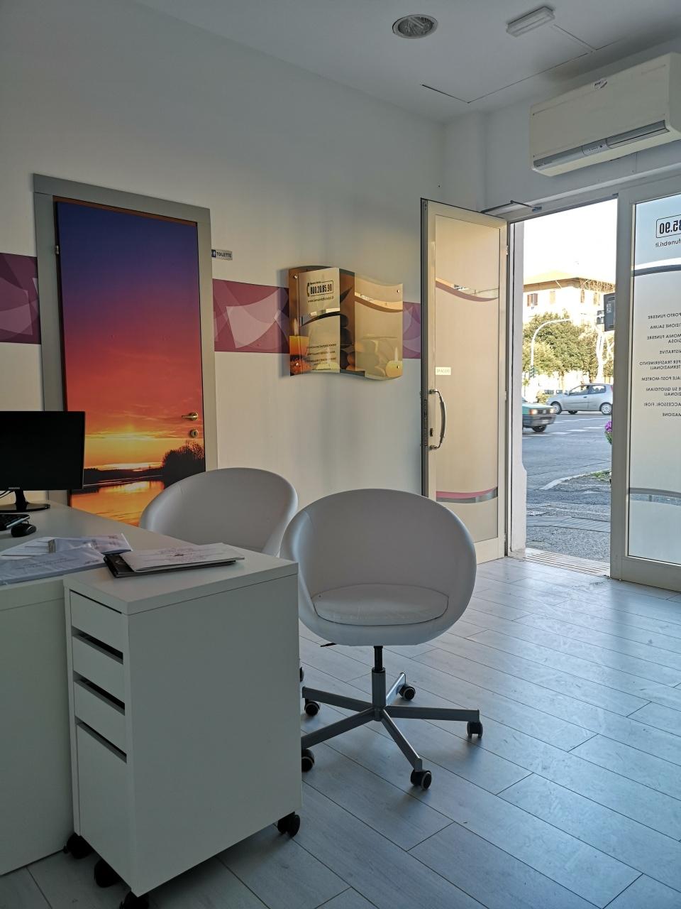 Locale commerciale - 1 Vetrina a Ospedale, Livorno Rif. 9599547