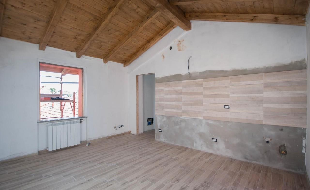 Appartamento ristrutturato in vendita Rif. 5809215