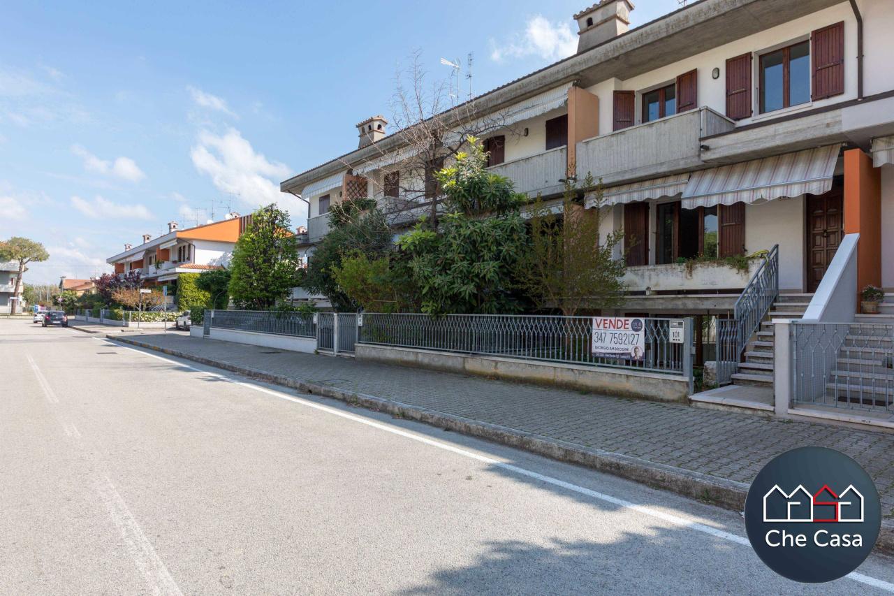 Villa a Schiera in vendita a Cesena, 4 locali, prezzo € 295.000   CambioCasa.it