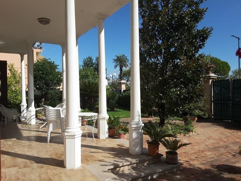 Villa in buone condizioni in vendita Rif. 4144745